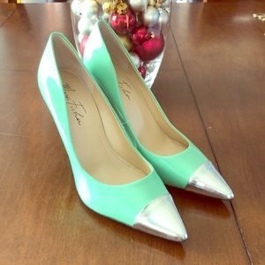 Marc Fisher mint colored pumps